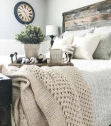 Vintage Farmhouse Bedroom Decor Ideas On A Budget To Try 06