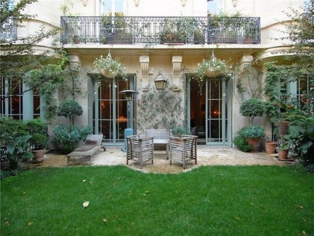 Captivating French Country Patio Ideas That Make Your Flat Look Great 06