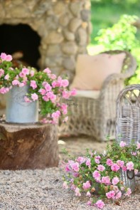 Captivating French Country Patio Ideas That Make Your Flat Look Great 26