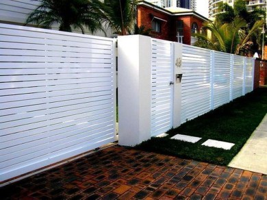 Charming Privacy Fence Design Ideas For You 03