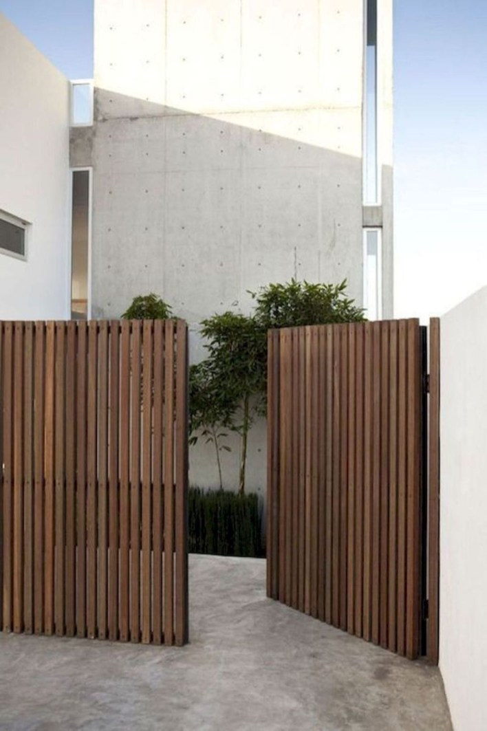 Charming Privacy Fence Design Ideas For You 17