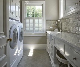 Elegant Laundry Room Design Ideas To Copy Today 26