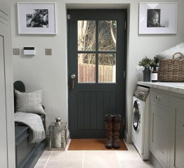 Elegant Laundry Room Design Ideas To Copy Today 27