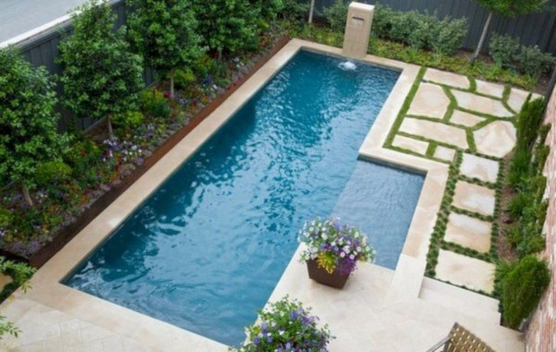 Excellent Small Swimming Pools Ideas For Small Backyards 02