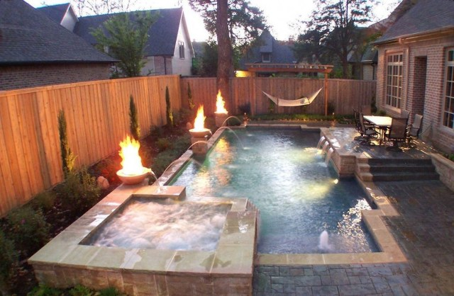 Excellent Small Swimming Pools Ideas For Small Backyards 06
