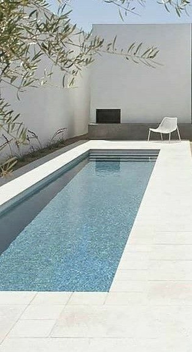 Excellent Small Swimming Pools Ideas For Small Backyards 13