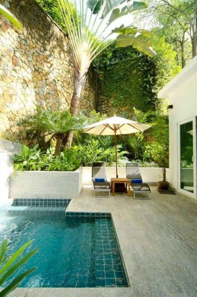 Excellent Small Swimming Pools Ideas For Small Backyards 26