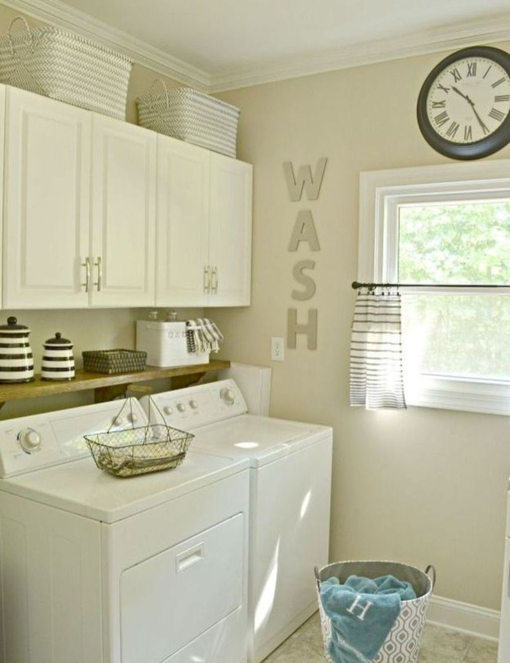 Favored Laundry Room Organization Ideas To Try 29