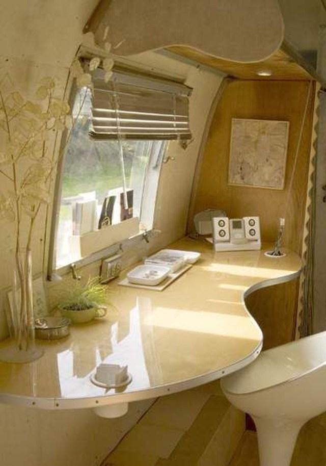 Impressive Airstream Interior Design Ideas To Try 27