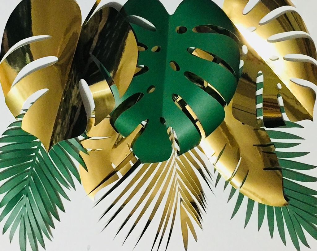 Splendid Tropical Leaf Decor Ideas For Home Design 25