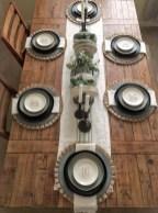 Adorable Fall Farmhouse Dining Room Decor Ideas 19