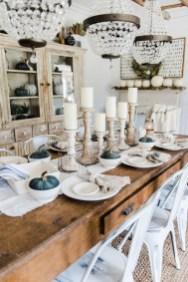 Adorable Fall Farmhouse Dining Room Decor Ideas 29