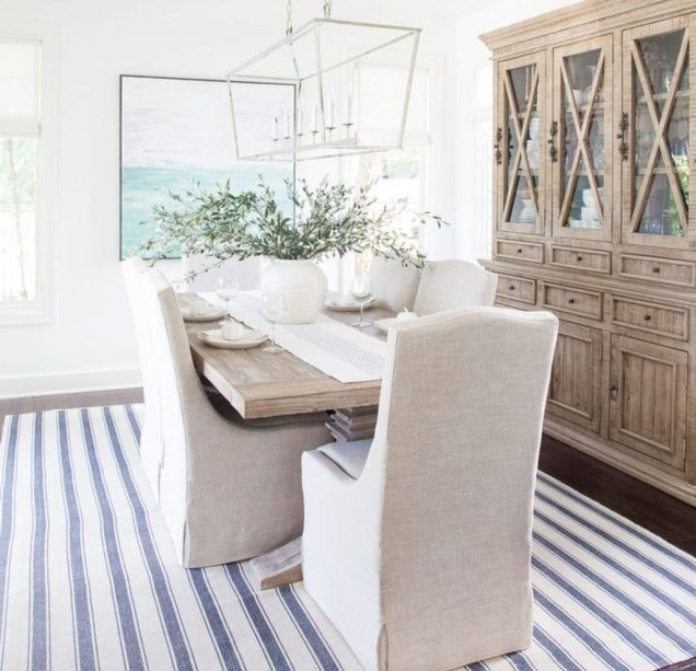 Adorable Fall Farmhouse Dining Room Decor Ideas 36