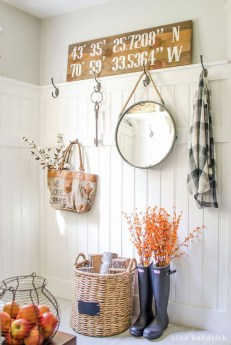 Attractive Fall Decor Ideas For Your Apartment To Try This Year 03