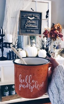 Attractive Fall Decor Ideas For Your Apartment To Try This Year 04