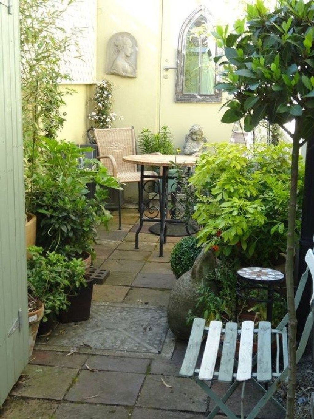 Beautiful Cottage Garden Ideas For Outdoor Space 10