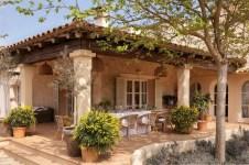 Extraordinary Mediterranean Patio Design Ideas To Try Now 15