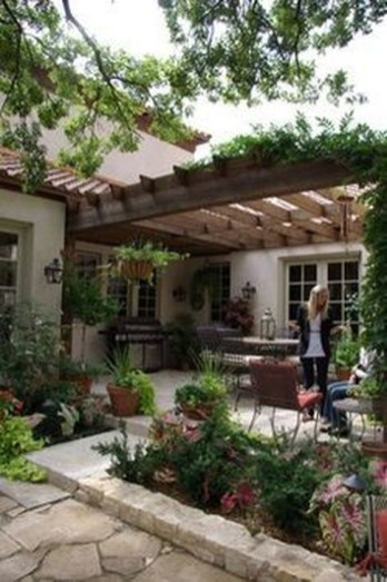 Extraordinary Mediterranean Patio Design Ideas To Try Now 16