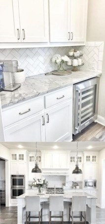 Fancy White Kitchen Cabinets Ideas To Try Asap 17
