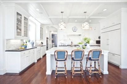 Gorgeous Blue And White Kitchen Design Ideas To Try 07