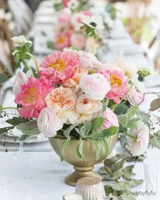 Luxury Floral French Style Ideas That Looks Cool 14