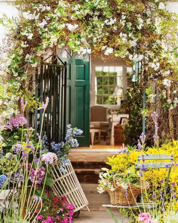 Luxury Floral French Style Ideas That Looks Cool 32