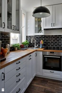 Adorable Kitchen Design Ideas That Looks Elegant42
