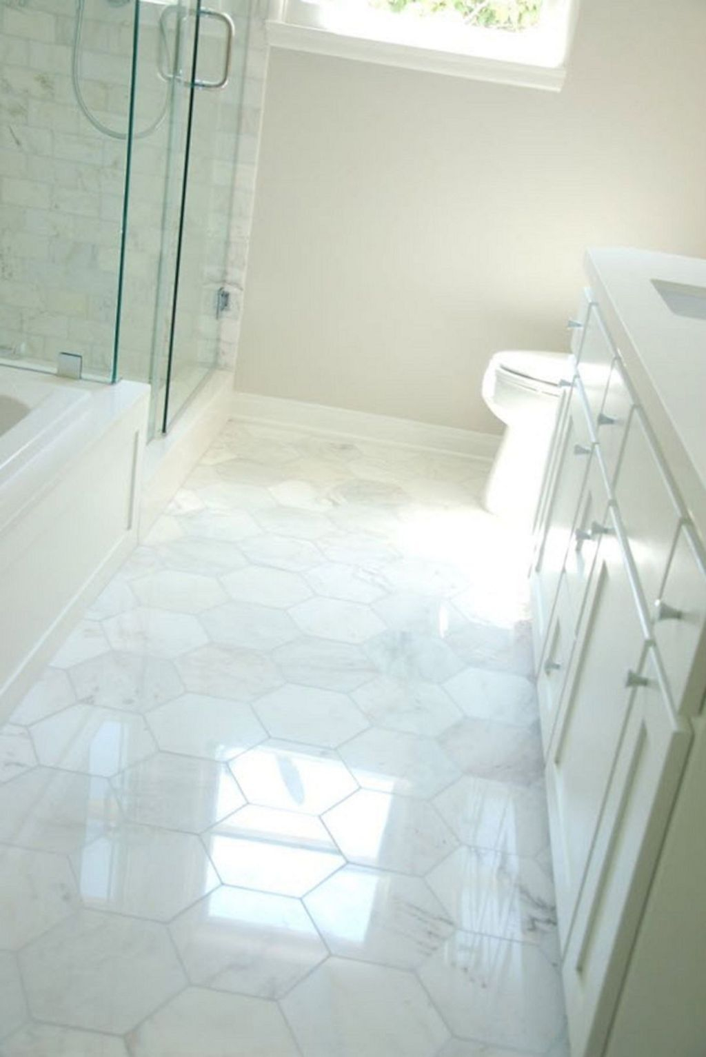 Affordable Marble Tiles Design Ideas In The Wooden Floor27