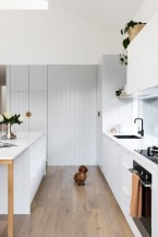 Amazing Scandinavian Kitchen Design Ideas With Island And Cabinets To Try09