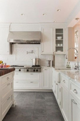 Amazing Scandinavian Kitchen Design Ideas With Island And Cabinets To Try17