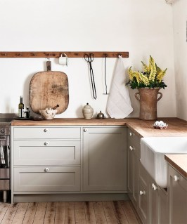 Amazing Scandinavian Kitchen Design Ideas With Island And Cabinets To Try29