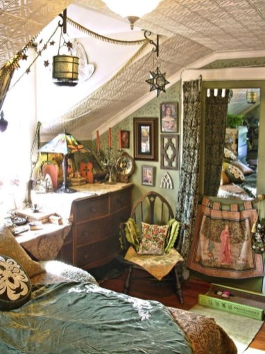 Best Witchy Apartment Bedroom Design To Try Asap38