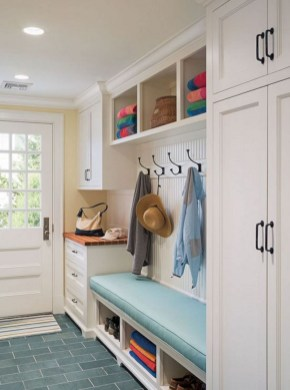 Delightful Mudroom Storage Design Ideas To Have Soon17