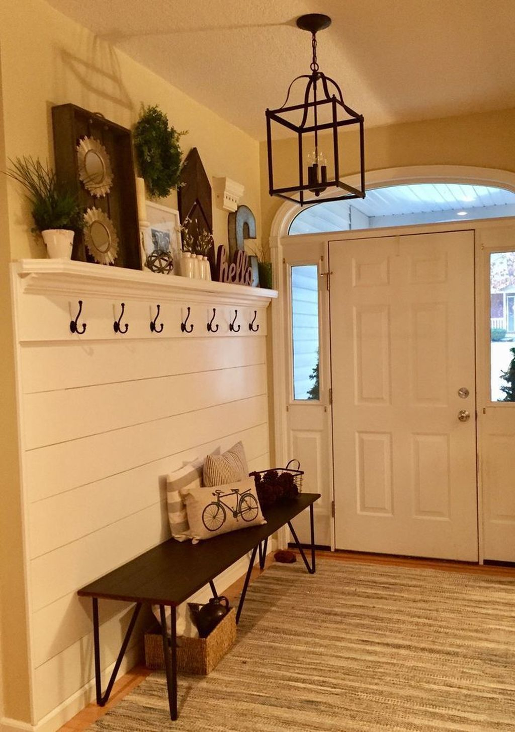 Delightful Mudroom Storage Design Ideas To Have Soon20