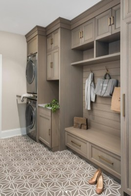 Delightful Mudroom Storage Design Ideas To Have Soon27