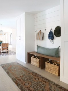 Delightful Mudroom Storage Design Ideas To Have Soon30