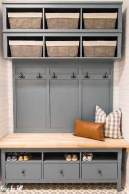 Delightful Mudroom Storage Design Ideas To Have Soon34