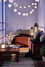 Impressive Fall Apartment Balcony Decorating Ideas To Try15