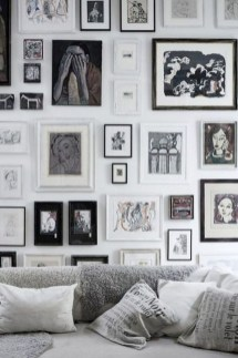 Popular Gallery Collection Wall Design Ideas To Try In The Living Room31