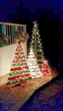 Stunning Diy Outdoor Decoration Ideas For Christmas That Looks Cool16