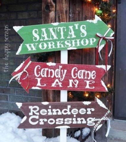 Stunning Diy Outdoor Decoration Ideas For Christmas That Looks Cool34