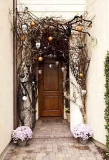Unique Halloween Porch Ideas On A Budget05