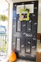 Unique Halloween Porch Ideas On A Budget17