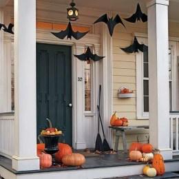 Unique Halloween Porch Ideas On A Budget20