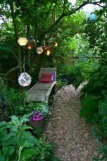 Unusual Lights Design Ideas To Beautify The Garden08