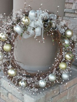 Wonderful Interior And Exterior Atmosphere Ideas For Christmas Décor To Copy18