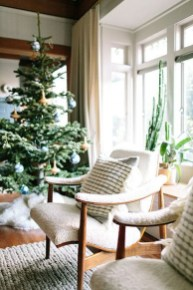Wonderful Interior And Exterior Atmosphere Ideas For Christmas Décor To Copy31