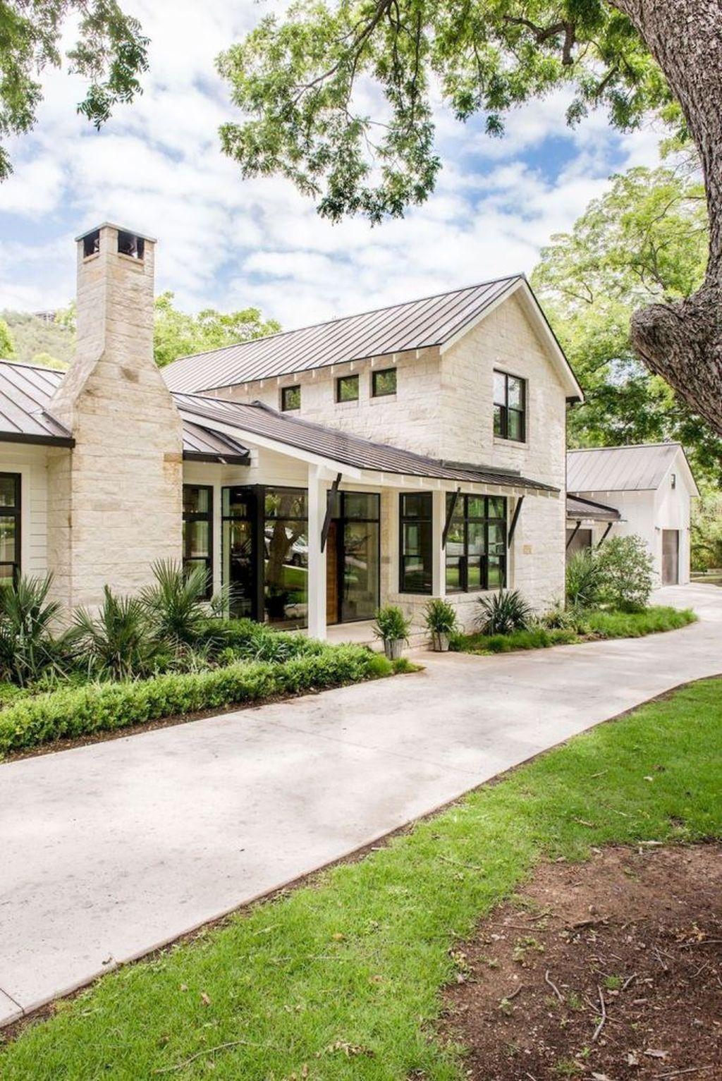 Captivating Farmhouse Exterior House Design Ideas To Copy Right Now 08