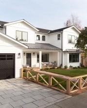 Captivating Farmhouse Exterior House Design Ideas To Copy Right Now 27