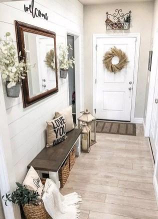 Cozy Farmhouse Home Decor Ideas To Get A Past Impression 26
